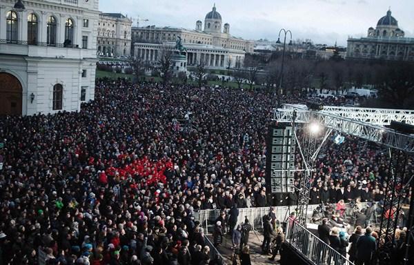 Manifestación en Austria.  /  REUTERS