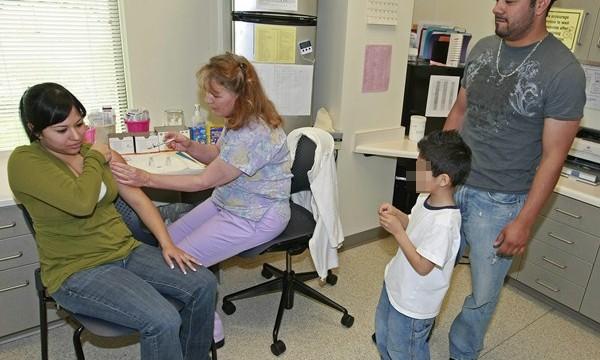 """Salud Pública advierte de que lo peor de la gripe """"está por llegar"""""""