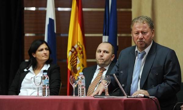 Promotores eslovacos insisten en construir la depuradora-desaladora