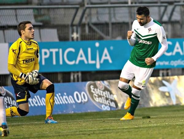 El delantero del Racing de Ferrol lleva anotados cinco goles esta temporada en Segunda B. / LA VOZ DE GALICIA