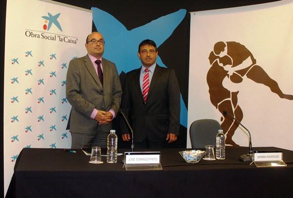 José Domingo Pinto y Germán Rodríguez, en el acto de presentación. / DA