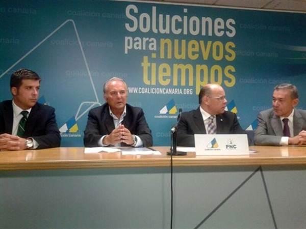 Miguel Díaz Llanos, Juan Manuel García Ramos, José Miguel Barragán y Paulino Rivero, en 2013. | DA