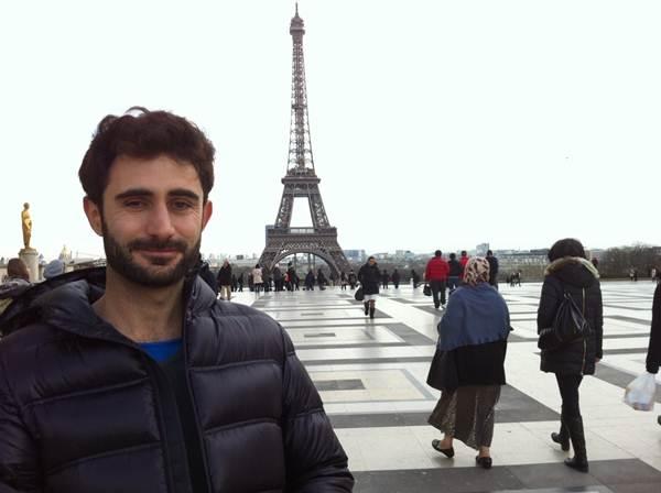 El periodista Pablo Melián en París. | DA
