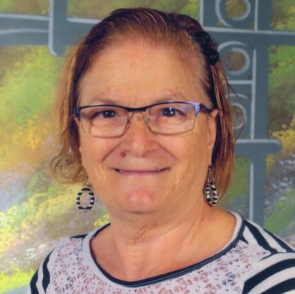 Elvira María Fernández. Fantasía: Sorpréndete. Patrocinador: Asociación de Vecinos y Cultural El Drago.
