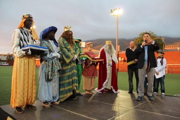 El alcalde Rodríguez Fraga recibirá a los Reyes Magos, que llegan en helicóptero. / DA