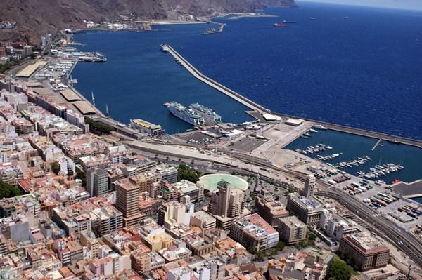 Imagen de archivo del puerto de Santa Cruz. / DA
