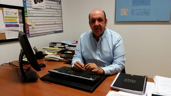 Pedro Andrés González está satisfecho con la continuidad de la prestación del servicio. / DA