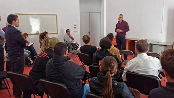 Juan Rodríguez Bello explicó el autoproyecto a los empresarios del sector. / DA