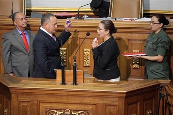 Diosdado Cabello, 'número dos' del Partido Socialista Unido de Venezuela (PSUV), como presidente del Parlamento unicameral, en una ceremonia de trámite y sin sorpresas.