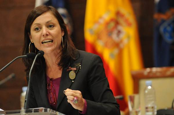 La diputada del PP Cristina Tavío, en la anterior legislatura. / FRAN PALLERO