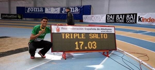 Pablo Torrijos superó la barrera de los 17 metros. / DA