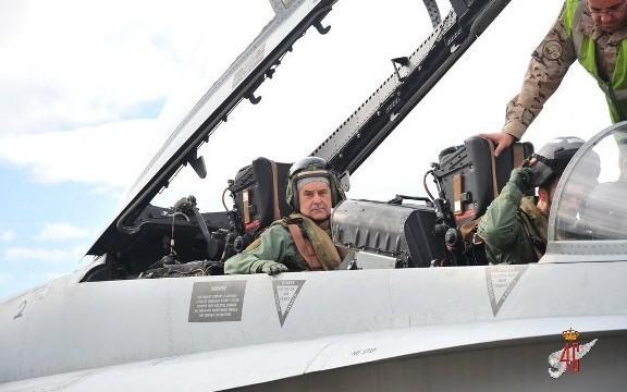 Tierra solicita la creación de su sexta arma: la Aviación de Ejército
