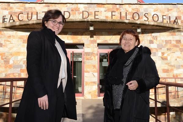 Alicia Espejo Campos y Ángela Sierra González, profesoras de Filosofía. | S. M.