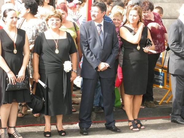 Pedro Méndez, junto a Mary Medina (baja también) y Nazaret Díaz. / DA