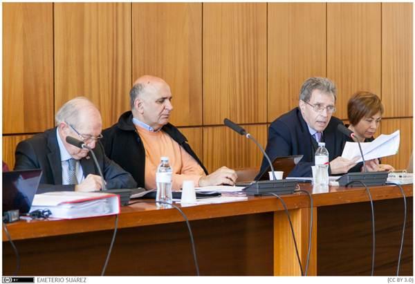 El Consejo de Gobierno de la ULL anunció durante su reunión la fecha de la convocatoria de elecciones. / EMETERIO SUÁREZ