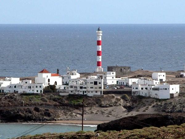 El faro de El Porís de Abona está cedido por diez años al Ayuntamiento. / DA
