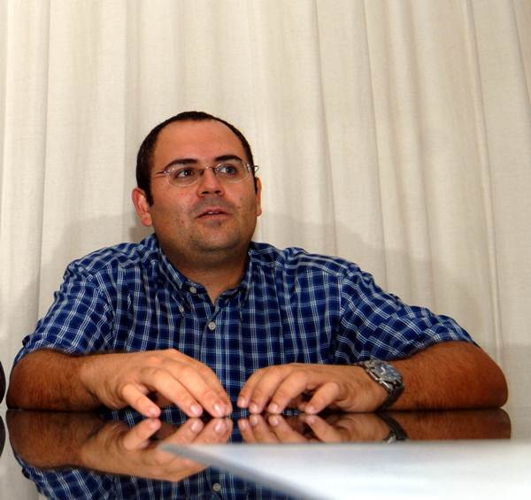 Jaime Coello entró en política hace ocho años integrando la lista del PSOE como concejal independiente. / M. P. P.