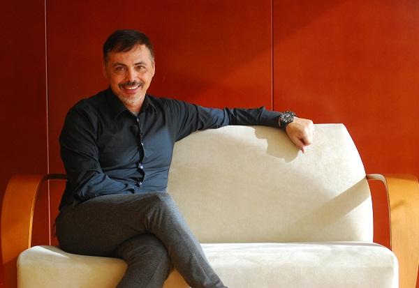JUAN CARLOS ARMAS-diseñador de moda