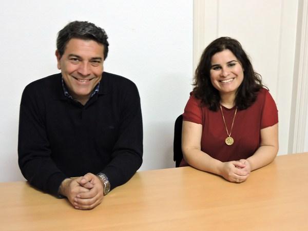 El actual alcalde, con su sucesora al frente del PSOE, María Brito. / N.CH.