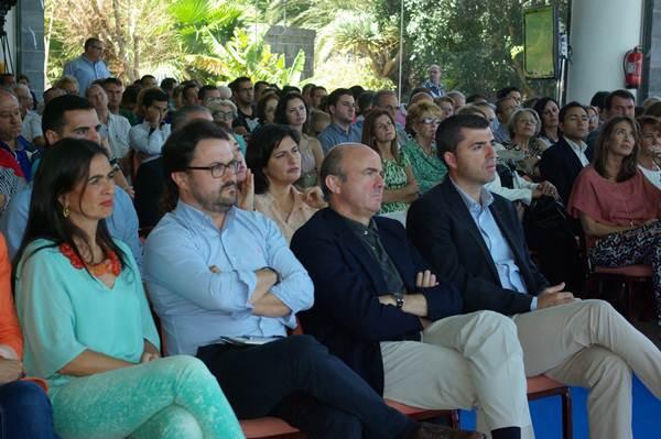 Mari Carmen Hernández Bento, Asier Antona, el ministro Luis de Guindos y Manuel Domínguez. | DA
