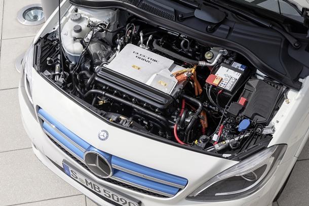 El motor eléctrico con elevado par de la Clase B Electric Drive permite disfrutar de una conducción ágil y segura con una autonomía de hasta 200 kilómetros.   DA