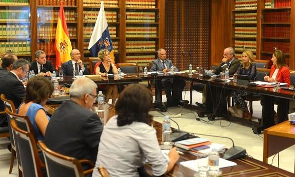 El Parlamento examina este mes a los cinco candidatos para regir la RTVC