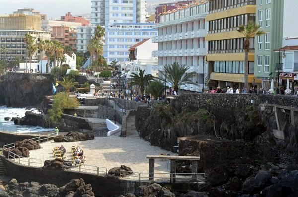 Las obras de reforma del paseo de San Telmo siguen generando preocupación en los ciudadanos. / M.P.P.