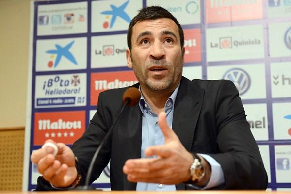 El entrenador blanquiazul confía en la respuesta del público del Rodríguez López. / SERGIO MÉNDEZ