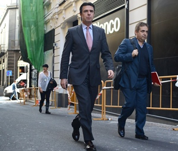Santana, junto a Soria, cuando era su jefe de prensa. /  FRAN PALLERO