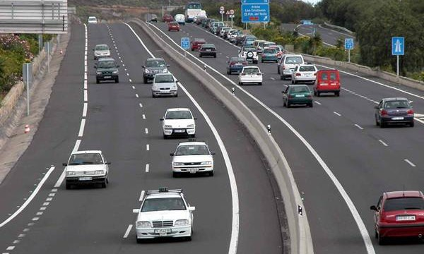 Destinan 400.000 euros a reasfaltar tres tramos de la autopista del Sur