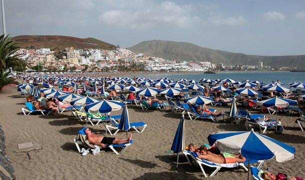 Canarias se sitúa como el destino con mayor grado de ocupación por plazas en enero, con un 74,4%