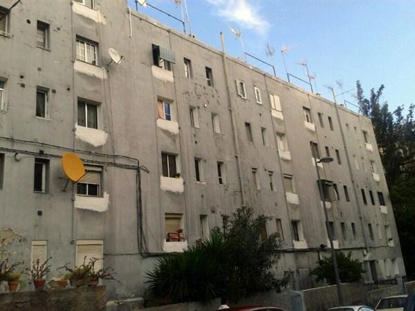 El bloque a reponer en La Candelaria afecta a 115 viviendas. / DA