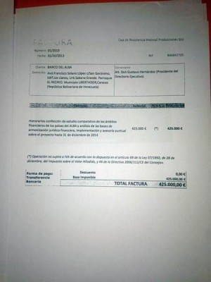 Factura de Monedero entregada a los periodistas. | EP