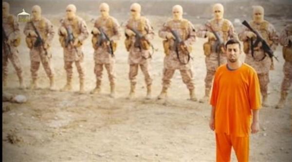 estado islámico quemando piloto