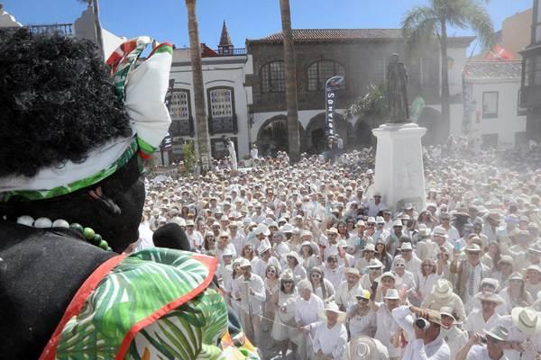 La Palma y Cuba vuelven a hermanarse este lunes de Carnaval, Día de Los Indianos. | DA