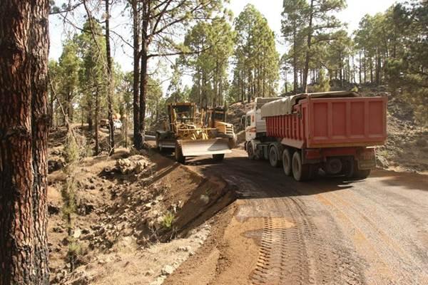 Obras en las pistas forestales de Tenerife. | EP