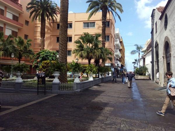 La plaza del Doctor Víctor Pérez entra ahora en el entorno del BIC. / DA