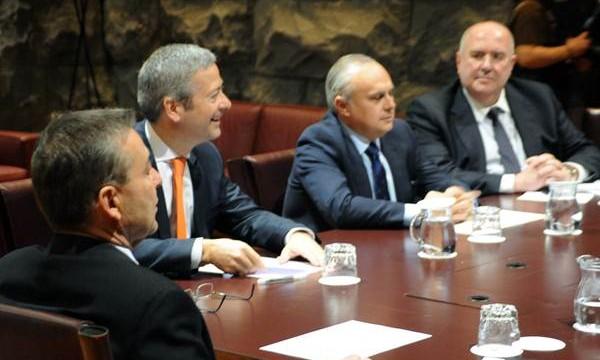 Gobierno y patronal se dan una semana para consensuar el REF
