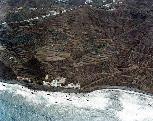 El núcleo de Tachero tiene una veintena de casas afectadas. / DA