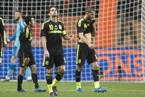 España no logró marcar y encajó dos goles en 5 minutos. | REUTERS