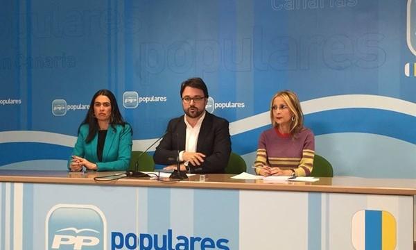 """La cúpula del PP canario cierra filas y apela a la """"generosidad"""""""