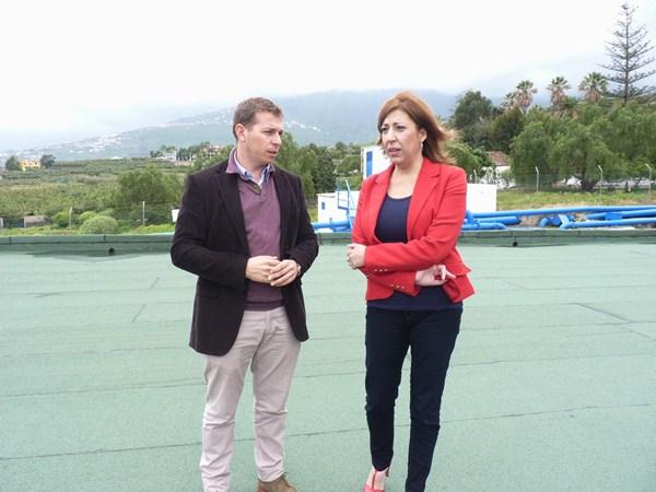 Domínguez y Rodríguez, en su visita al depósito de San Nicolás. / DA