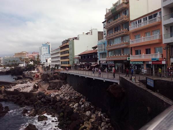 El tramo comprendido entre las calles Zamora y Sargento Cáceres, en el paseo de San Telmo, se abrió el miércoles al público. | DA