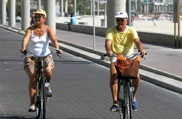 Turistas en bici