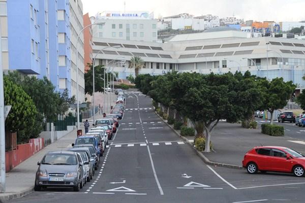 Las viviendas se ubican en Añaza en un edificio construido por Fadesa y comprado por el Santander. / S.M.