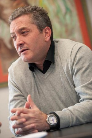 Guillermo García durante la entrevista. | FRAN PALLERO