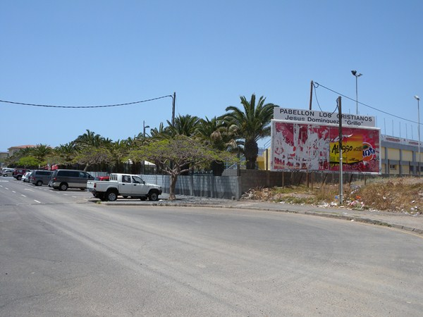 Alrededores de la piscina municipal de Los Cristianos. / DA