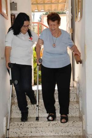 En 2014 Cruz Roja atendió 3.000 personas con la teleasistencia. | DA