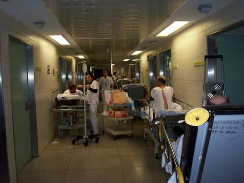 El colapso en los servicios de urgencias ya son crónicos. / DA