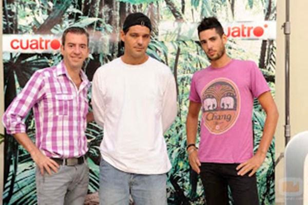 Santi, a la izquierda de frank /  CUATRO